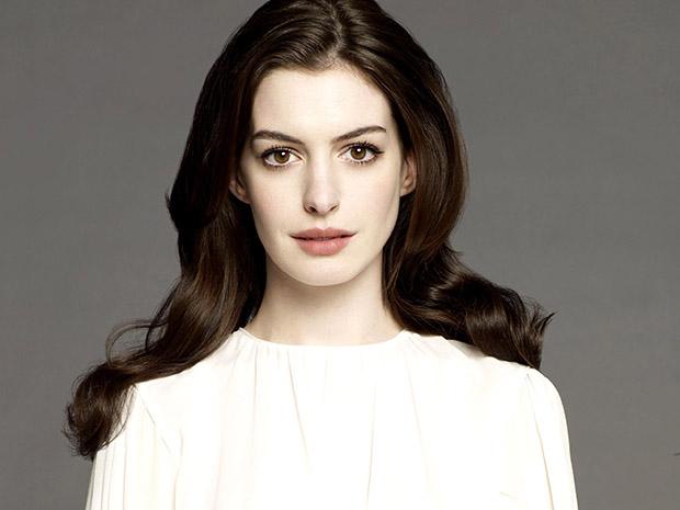 Anne Hathaway, Keanu Reeves, Daniel Radcliffe e Chloe Moretz viverão aventura marítima