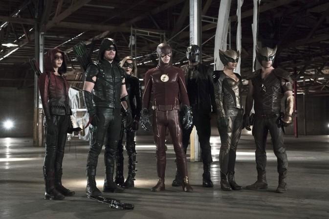 Série Arrow registra maior audiência do ano no crossover com The Flash