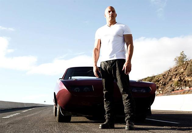 Vin Diesel divulga primeiro pôster de Velozes & Furiosos 8