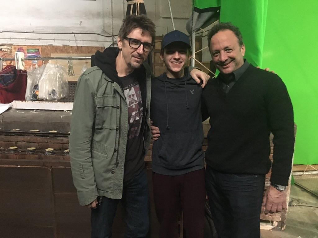 Produtor divulga foto do intérprete do Homem- Aranha no set de ...