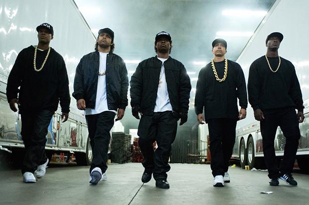 Crítica: Straight Outta Compton celebra vida bandida em aula de ...