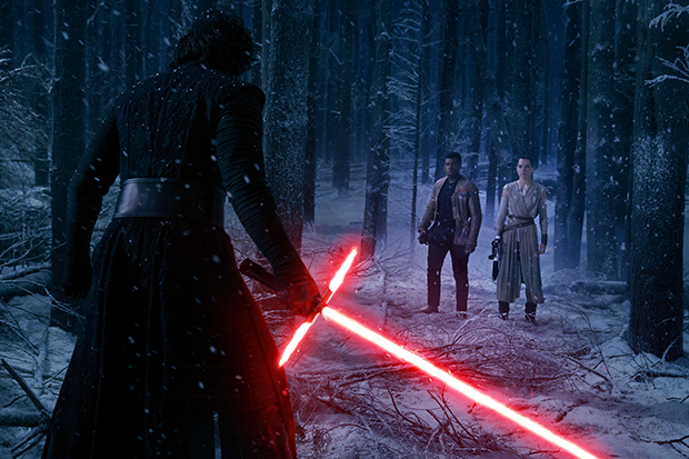 Crítica: Novo Star Wars supera expectativas e se mostra à altura da trilogia original