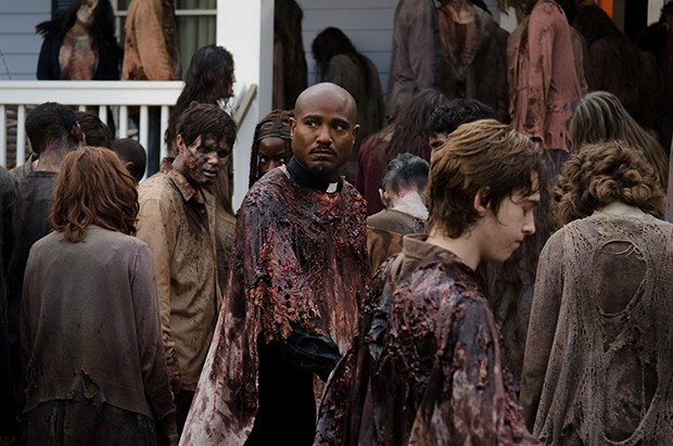 The Walking Dead: Zumbis atacam no primeiro comercial da volta ...
