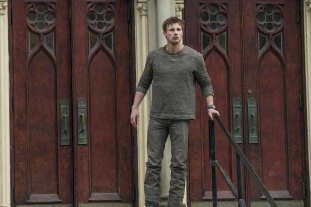 Damien: O Anticristo se revela nas fotos e no trailer da série ...