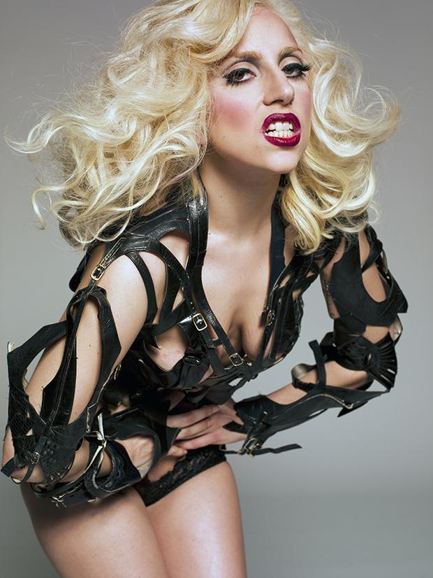Linda Perry afirma que Lady Gaga não compôs a música que ...