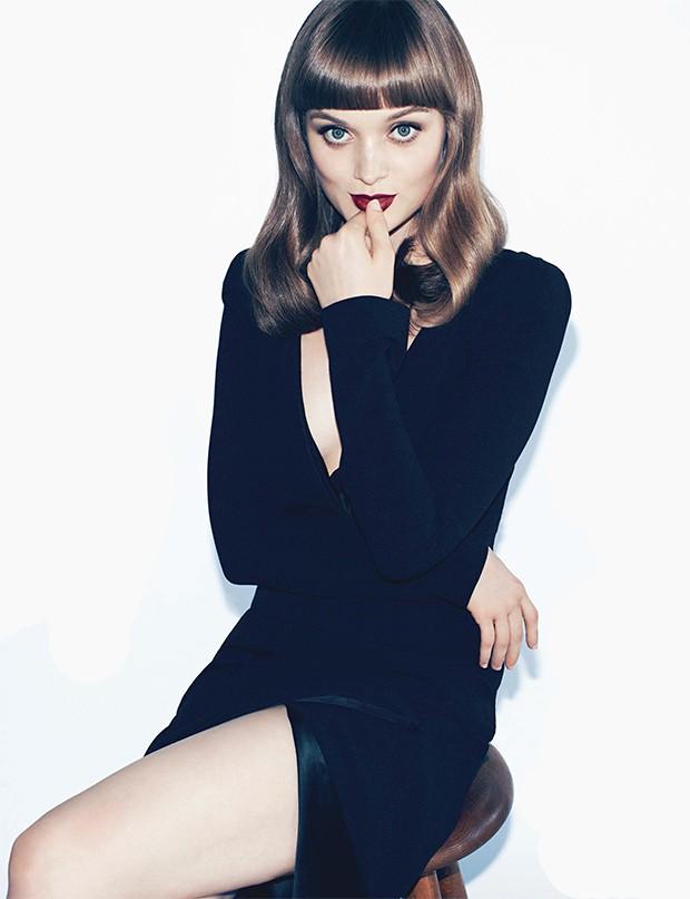 Bella Heathcote será ex- namorada de Christian Grey em Cinquenta ...