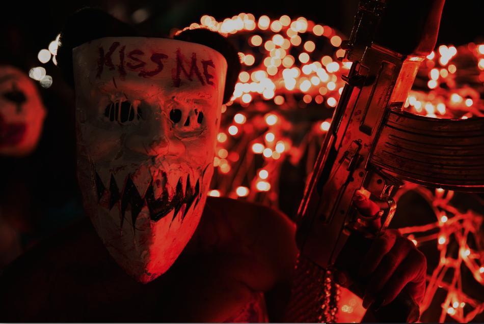 Veja o trailer do terceiro filme da franquia Uma Noite de Crime ...