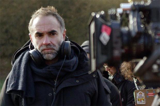 Karim Aïnouz vai filmar em Tóquio seu primeiro drama falado em ...