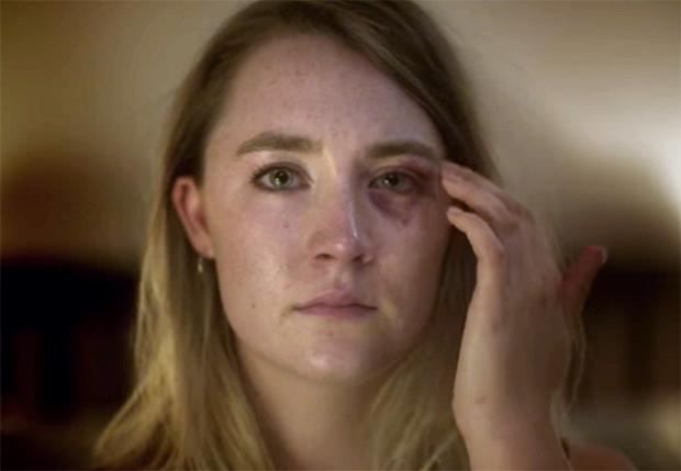 Saoirse Ronan estrela clipe de música por campanha contra violência doméstica