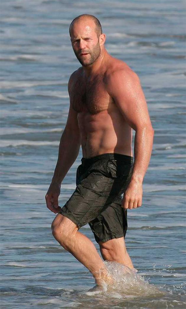 Jason Statham vai enfr...