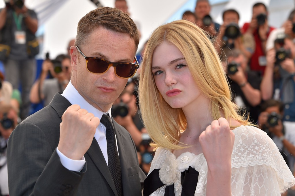 Cannes: Terror com Elle Fanning rende vaias e palavrões - Pipoca ...