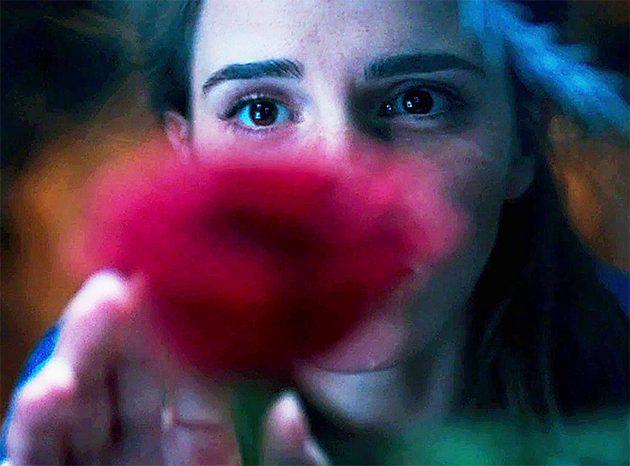 A Bela e a Fera: Emma Watson aparece no primeiro teaser ...