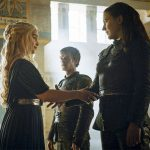 Game of Thrones: Emilia Clarke torce por romance lésbico para Daenerys