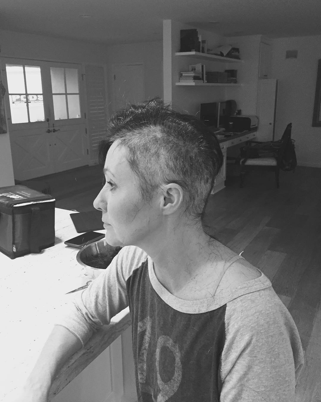 Shannen Doherty documenta sua luta contra o câncer no Instagram ...