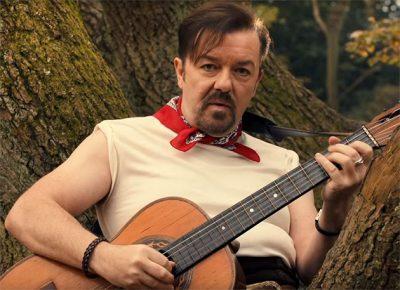 Ricky Gervais estrela clipe musical com seu personagem da série The Office