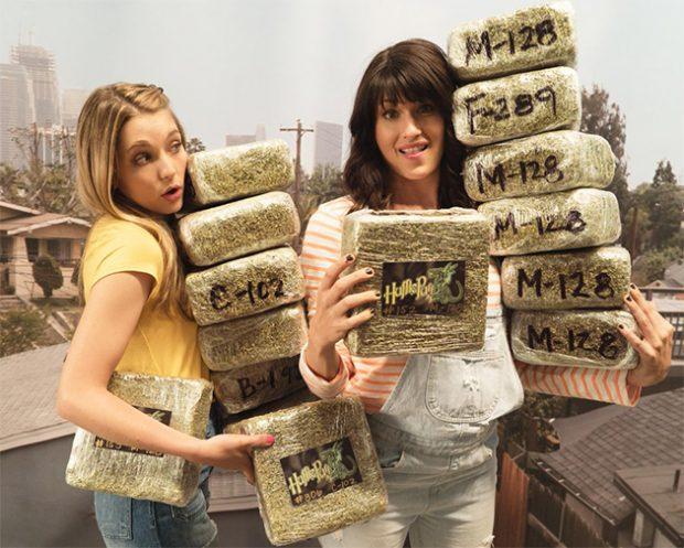 Mary + Jane: Série de maconheiras produzida por Snoop Dogg ganha primeiro trailer