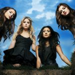 Cena de Pretty Little Liars mostra que o mistério vai continuar até o fim da série