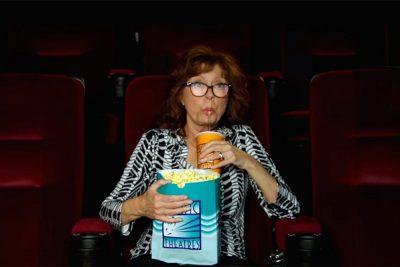Crítica: A Intrometida rende um dos melhores papeis recentes de Susan Sarandon