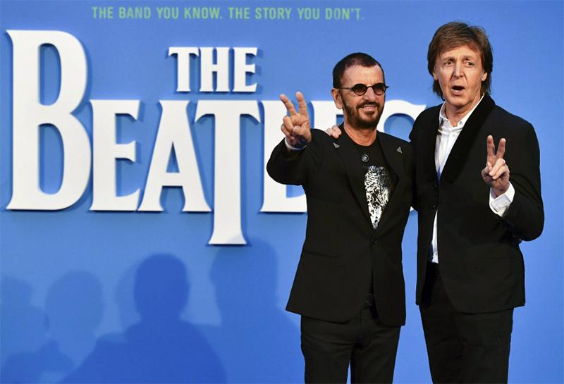 Paul McCartney e Ringo Starr se reúnem em première de ...