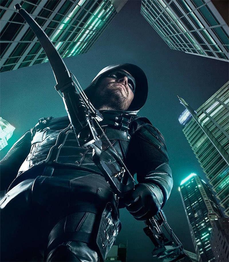 Arrow: Comercial da 5ª temporada destaca novo time de vigilantes ...