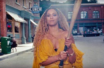 Beyoncé comemora aniversário liberando o premiado clipe de Hold Up no YouTube