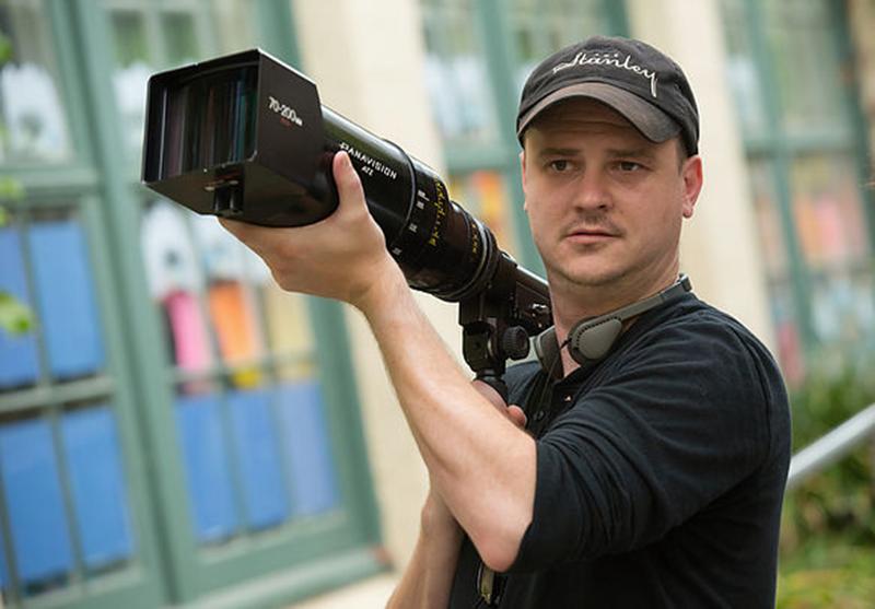 """Diretor do terror O Espelho adaptará livro """"infilmável"""" de Stephen ..."""