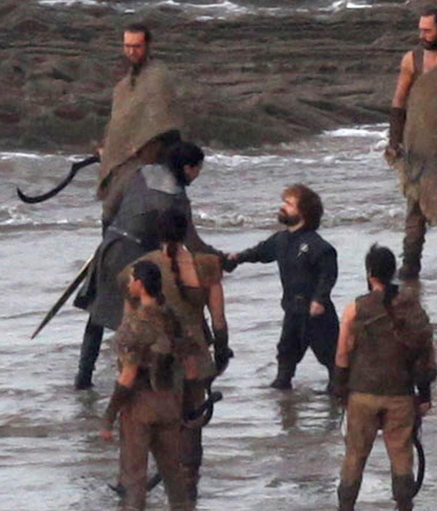 Game of Thrones: Novas fotos registram outro encontro histórico ...