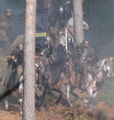 Transformers: Fotos e vídeos revelam grande batalha medieval no set da produção