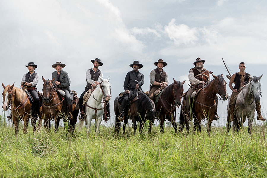 Crítica: Sete Homens e um Destino explora a mitologia do western ...