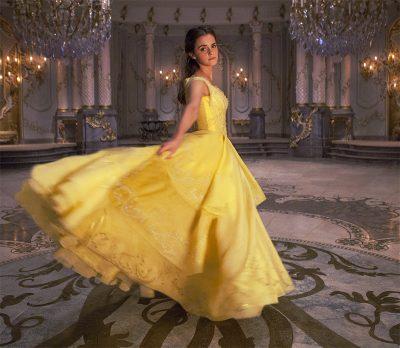 Emma Watson canta no novo comercial legendado de A Bela e a Fera
