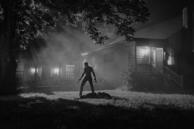 Logan: Hugh Jackman aparece em nova foto em preto e branco do filme solo de Wolverine