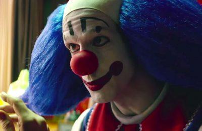Trailer de Bingo: O Rei das Manhãs, inspirado no palhaço Bozo, supera expectativas