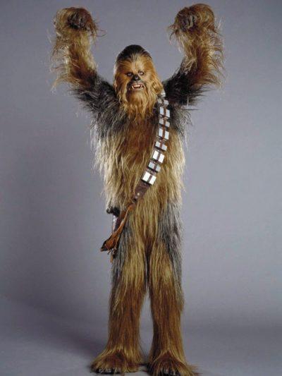 """Chewbacca """"canta"""" Noite Feliz em divertida montagem natalina de Star Wars"""