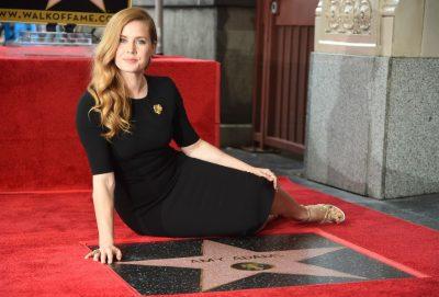 Amy Adams ganha estrela na Calçada da Fama de Hollywood