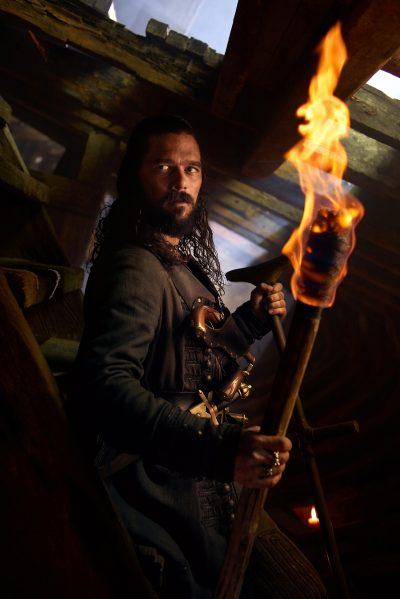 Personagens da Black Sails ilustram 57 retratos da última temporada