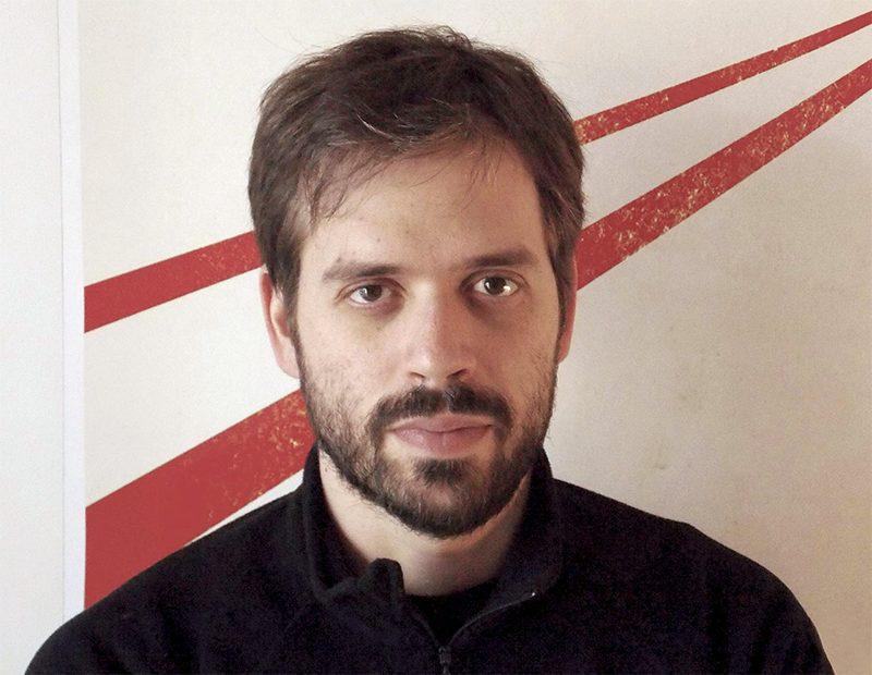 Diretor de O Lobo Atrás da Porta é premiado no Festival de Sundance