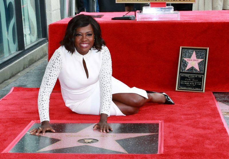 Viola Davis recebe a primeira estrela do ano na Calçada da Fama de Hollywood