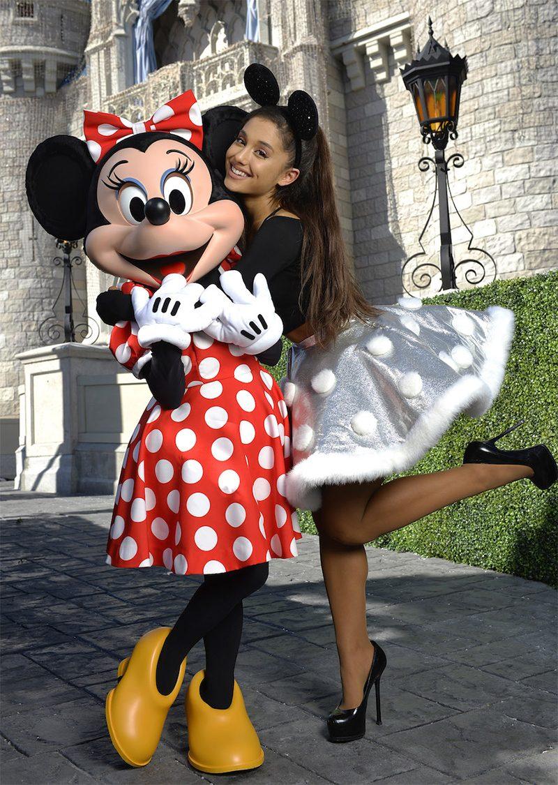 Ariana Grande e John Legend estão trabalhando numa música para a trilha de A Bela e a Fera