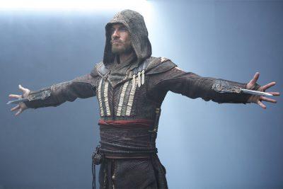 Crítica: Assassin's Creed quer ser Avatar, mas é só outra adaptação fraca de videogame
