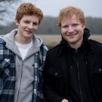 Ed Sheeran recorda a adolescência em clipe belíssimo
