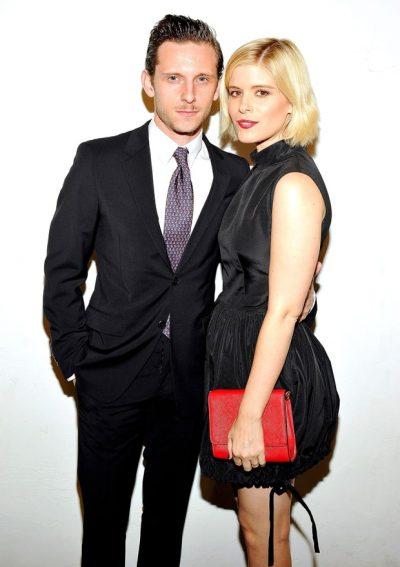 Kate Mara e Jamie Bell estão noivos