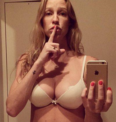 Luana Piovani bate boca com internautas por excesso de fotos sensuais no Instagram