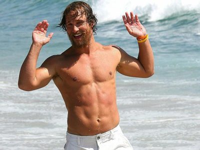 Matthew McConaughey voltará a ser descamisado de praia em filme do diretor de Spring Breakers