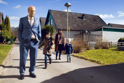 Crítica: Candidato sueco ao Oscar, Um Homem Chamado Ove destaca um bom personagem