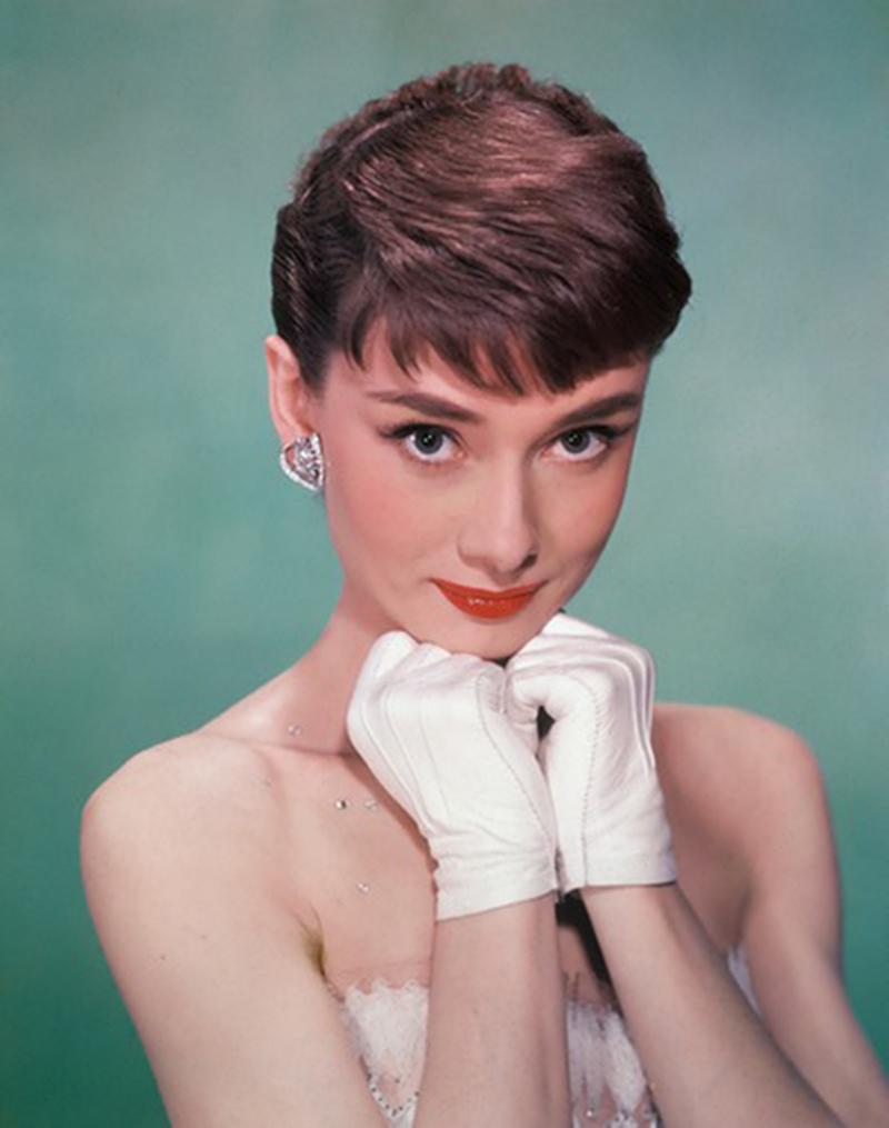 Vida de Audrey Hepburn vai virar série dos produtores de A Amiga Genial
