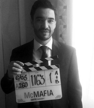 Caio Blat vai estrelar série britânica do roteirista de Drive e do diretor de A Mulher de Preto