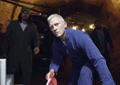 Daniel Craig aparece loiro na primeira foto de filme de assalto de Steven Soderbergh