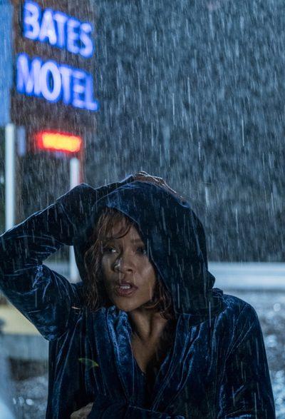 Rihanna gravou vídeo em que acompanha sua estreia na série Bates Motel. Veja na íntegra
