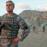 Brad Pitt tenta vencer a Guerra do Afeganistão em fotos e teaser legendado de War Machine