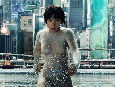 Veja uma cena de luta molhada de Scarlett Johansson em A Vigilante do Amanhã